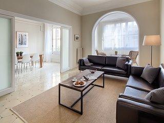 Luxurious 4 bedroom in Eixample