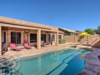 Spacious Home w/Pool ~6 Mi to Usery Mtn Park!