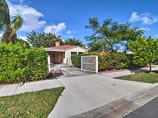 West Palm Beach Home w/ Yard -2 Mi. to Beach!
