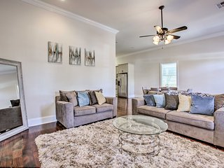 NEW! NOLA Home w/ Private Pool <3 Mi to City Park!