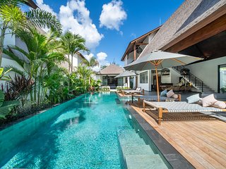 8 BDR Private Villa Complex in Canggu  - 500m to the beach