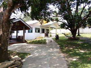 BALAI MARIACARIA PENSION HOUSE -Guindulman Bohol Philippines