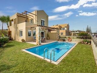 Athina's villa on the sea (villa with private pool chania)
