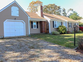 Upgraded, Single Level Living in Chatham, Walk to Pleasant Street Beach: 023-C