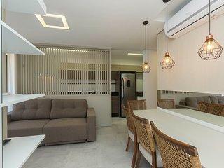 Novissimo Apto em Condominio com Rooftop - Pertinho do Mar - 2 dorms 4 pessoas -