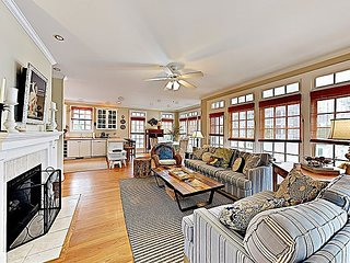 Charming Condo w/ Gas Fireplace & 2 Balconies -- 1 Block to Beach!