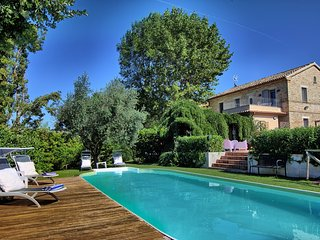 Charming holiday historic Villa with pool just 15 km from the Adriatic Coast