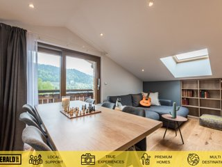 TAKIAN - Modern apartment with spa and gym