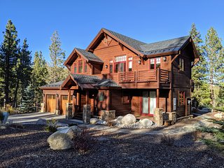 Luxury Family Friendly Smart Home with On-Hill Ski Locker