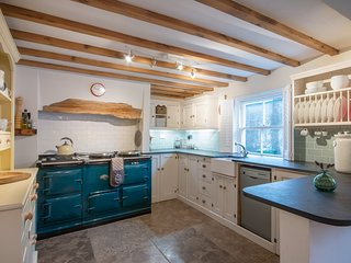 Church Cottage West Down | Sleeps 6/7 | Dog Friendly