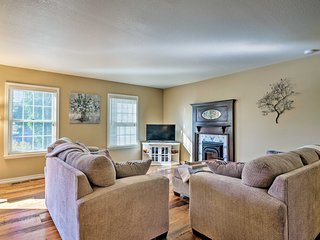 Spacious Cañon City Retreat - Events Welcome!
