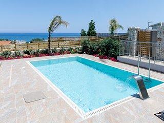 Tsakistra Villa Sleeps 10 with Pool and Air Con - 5816805