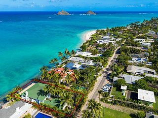 3-Unit Waterfront Ocean House - Steps to Kailua Beach Park & Lanikai Beach