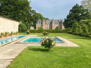 12 bedroom Chateau with Pool and WiFi - 5816629