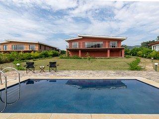 Shivom Villa 5 by Vista Rooms