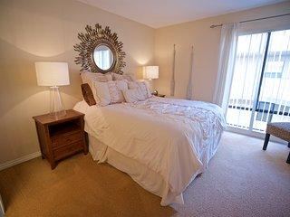 Bed 1 with en suite bathroom