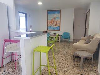 Hermoso Apartamento A 2 Calles De La Playa Centrico