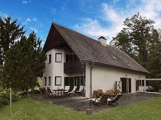 Awesome home in Zgornja Polskava w/ Indoor swimming pool, Sauna and WiFi (SSP123