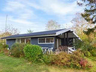 Awesome home in Ølsted w/ 2 Bedrooms