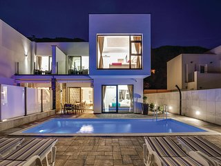 Stunning home in Kostelj w/ WiFi and 4 Bedrooms (CKC721)
