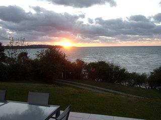 Maison contemporaine vue panoramique sur mer