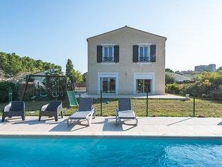 Bastide du Prévot, maison avec piscine au calme