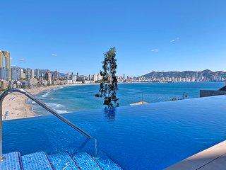 NEU: Luxurioses Apartment mit Pool am Poniente Beach