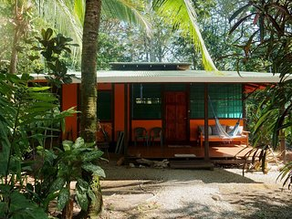 Shanti Wasi -  Casa Titi Self Contained Jungle/beach Cabina