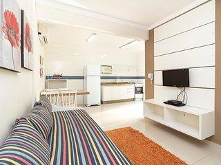 Aluguel Apartamento 1 Dormitorio 100 m do mar Bombas/SC