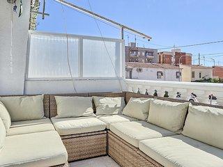 Stunning apartment in Santa Pola w/ 3 Bedrooms (EBI235)