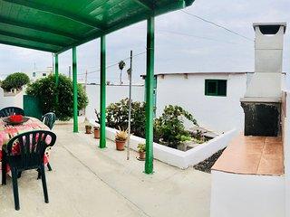 Casita Verde con terraza y barbacoa en Muñique, Lanzarote