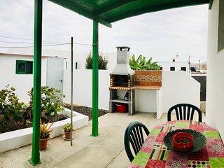 Casita Verde mit Barbecue in Muñique, Lanzarote