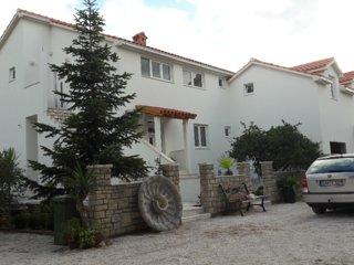 Apartment Marija Supetar