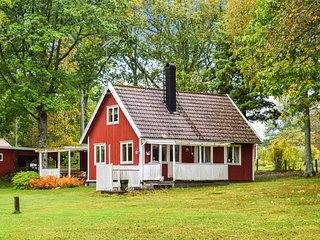 Nice home in Bolmso w/ 3 Bedrooms