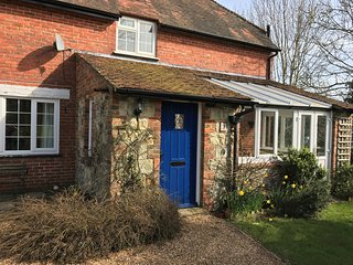 77222 House situated in Godshill