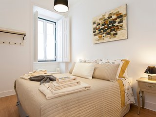 Family friendly 3-bed Apt w/ city view, in Alfama