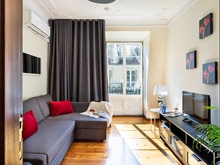 Monthly discount! Social distancing for 4, in the heart of Baixa