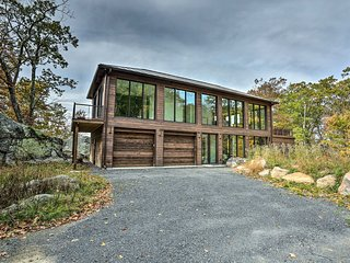 Modern Glass Home w/ Mtn Views By The Gunks!