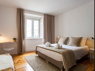 ALTIDO Luxurious 2BR Apt w/workspace n Principe Real, nearby Rato subway