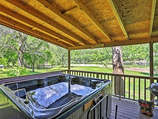 Private Riverfront Cabin with Ozark Mountain View!