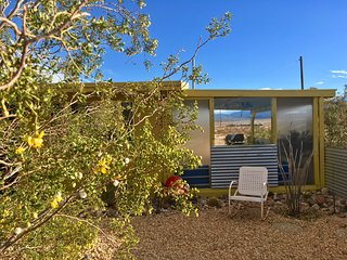Private Midcentury Joshua Tree 15-Acre Homestead with Pool & Hot Tub
