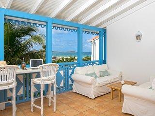Côté Rêve, gorgeous 1 bedroom duplex 1st line ocean front