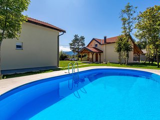 Awesome home in Plaski w/ Outdoor swimming pool and 7 Bedrooms (CKB241)