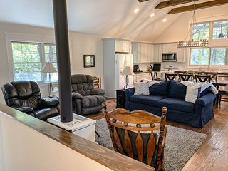 BOOK NOW  Chapel Point Cove- Cielo Property Management - Lake Lure Cottage