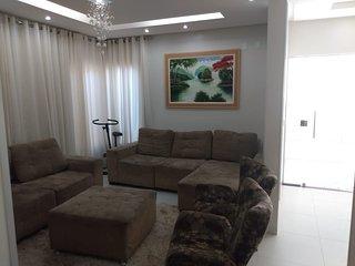 Linda casa com area de lazer completa exclusiva pra vc e sua familia!!