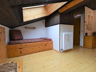 Alba-Penia Apartment Sleeps 4 - 5816611