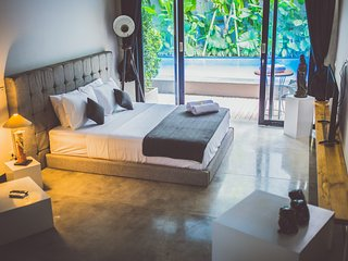 B13 Tropical Studio Garden View in Seminyak