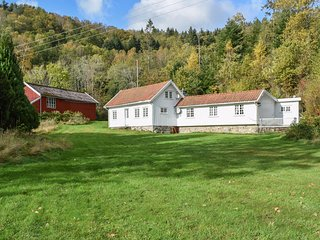 Awesome home in Lyngdal w/ WiFi and 5 Bedrooms (NVK095)