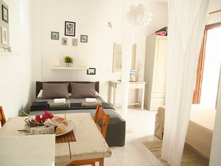 Charming Studio 3 people with terrace, 150 meters from the beach of Livadia
