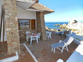 3 bedroom Villa with Walk to Beach & Shops - 5486800